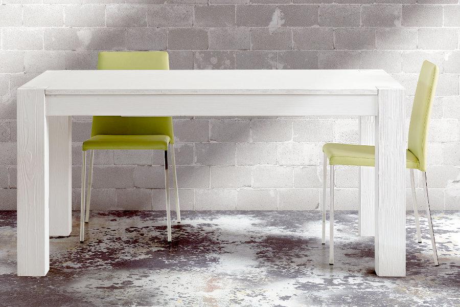 Vieni a scoprire il nostro catalogo di Tavoli e sedie