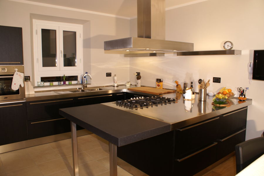 Cucina moderna ft cuc001 mobili su misura a firenze for Lapi arredamenti