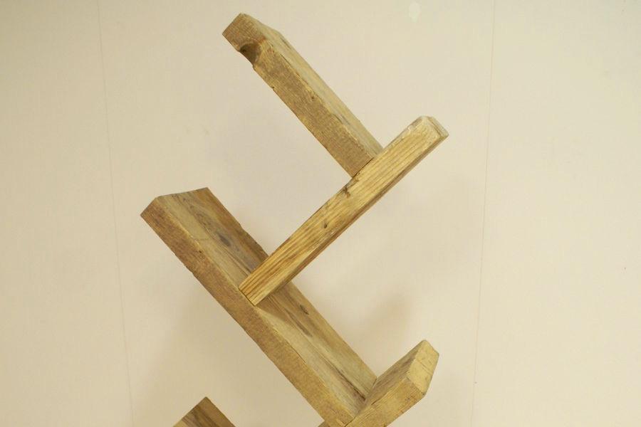 Libreria ad albero in legno di recupero (XN-LIB003)
