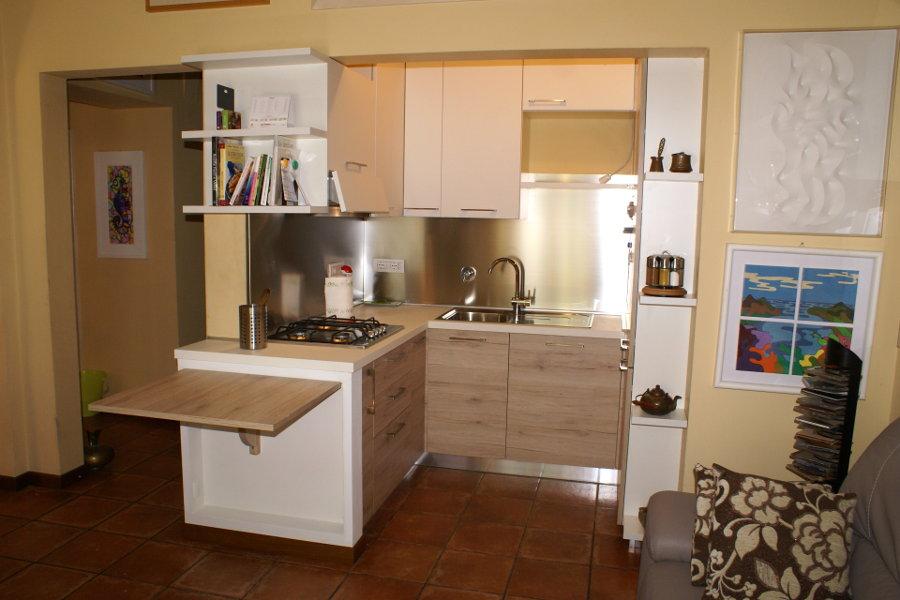 Cucina moderna gc cuc004 mobili su misura a firenze for Lapi arredamenti