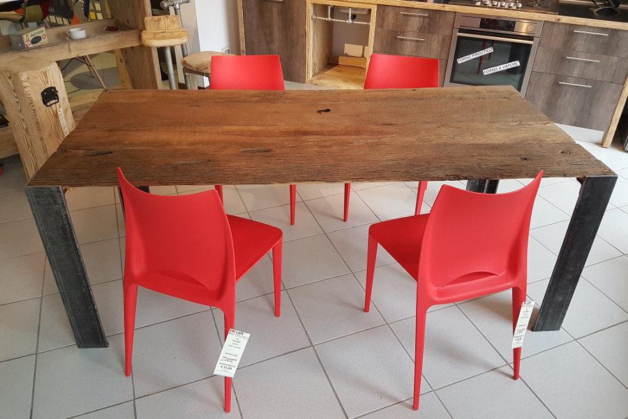 Tavoli Con Legno Di Recupero : Tavolo in legno di recupero con piano rovere xt tav mobili