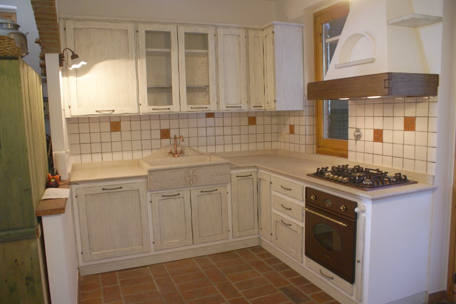 Cucina in finta muratura pp cfm010 mobili su misura a firenze lapi arredamenti - Rivestimento cucina in muratura ...
