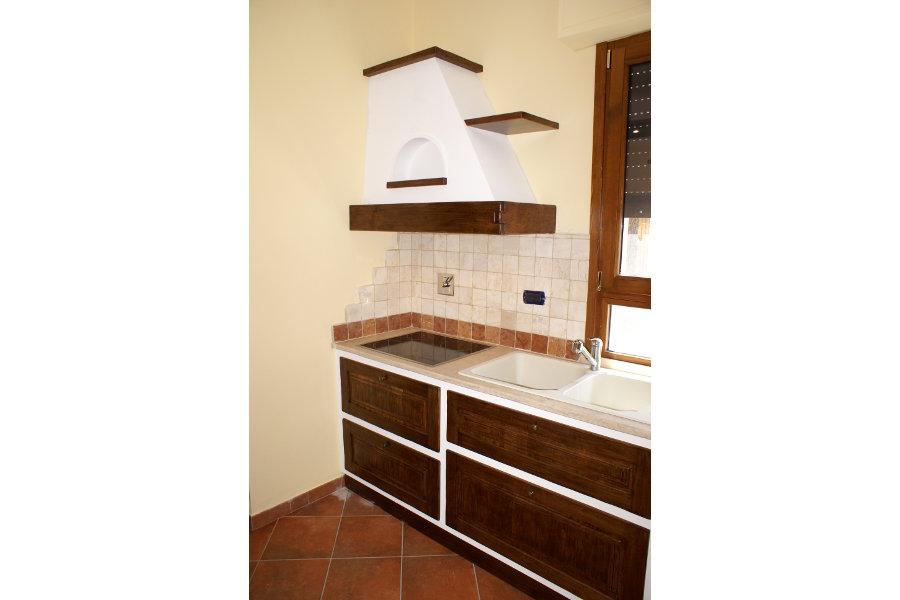 Cucina in finta muratura pp cfm016 mobili su misura a firenze lapi arredamenti - Cappa cucina in muratura ...