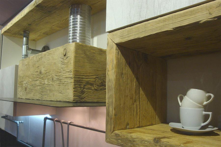 Nuovi articoli per la serie X-TUBE e X-Natura in legno di recupero