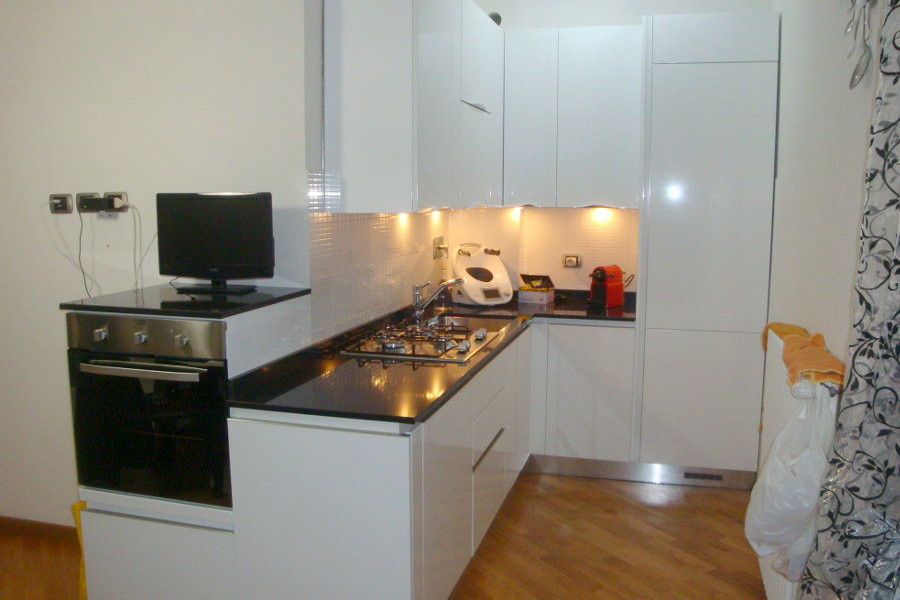 Cucina moderna con doppio angolo gc cuc010 mobili su misura a