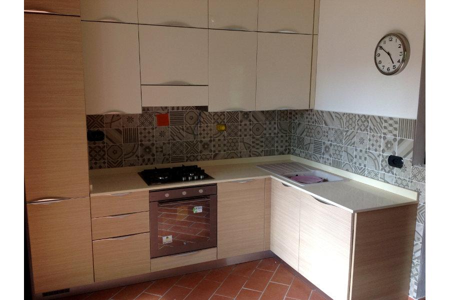 Cucina moderna in laminato gc cuc002 mobili su misura - Laminato in cucina ...