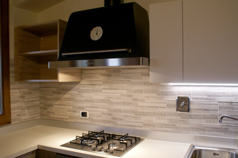 Cucina moderna in laminato rovere (GC-CUC012) - Mobili su misura a ...