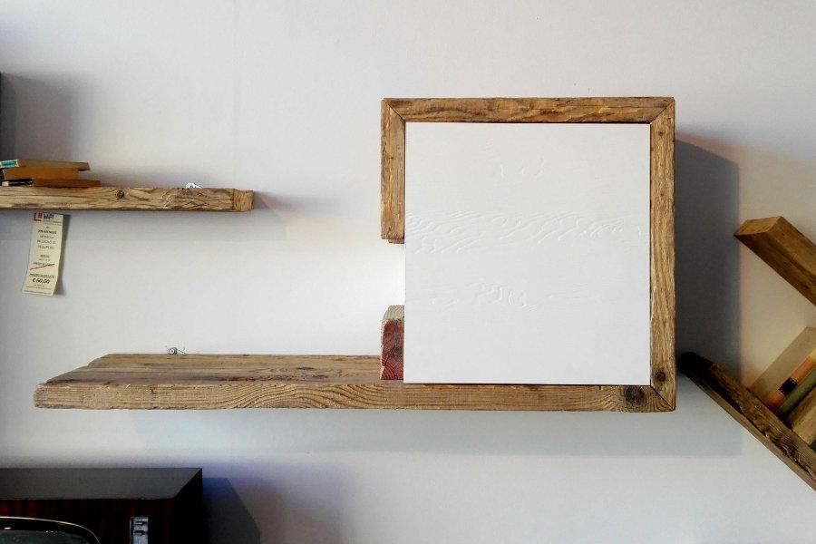 Pensile in legno di recupero (XN-PEN002)