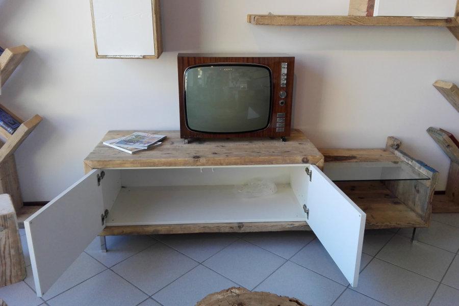 Porta TV In Legno Di Recupero (XN-PTV002)