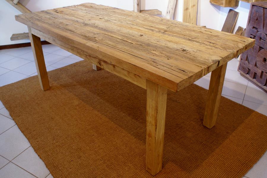 Tavolo in legno di recupero (XN-TAV001)