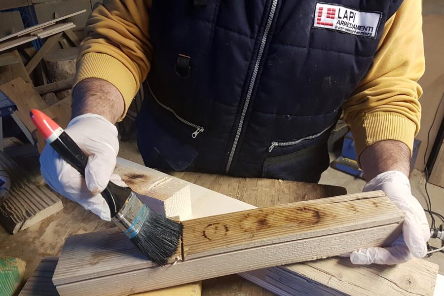 Verniciatura del legno di recupero i nostri consigli - Mobili legno fai da te ...