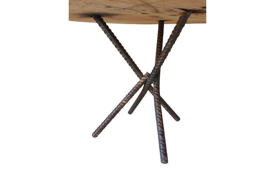 Tavolino In Legno Di Recupero E Gambe In Ferro Riciclato (XT-TAV002)