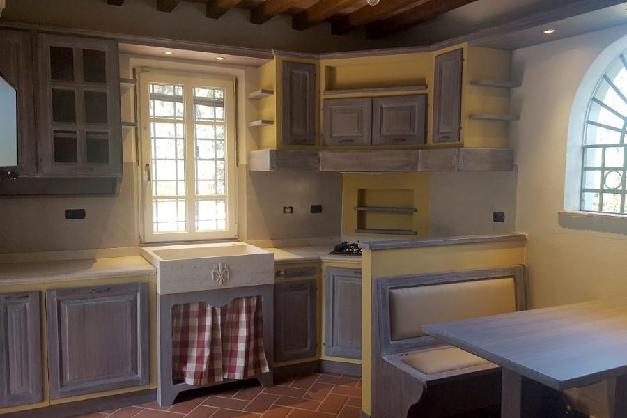 Cucina in finta muratura a campione colore pp cfm031 for Bergamin arredamenti