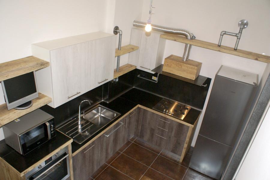 Cucina in legno di recupero e tubi in acciaio in stile industriale xt cuc003 mobili su - Cucina acciaio e legno ...