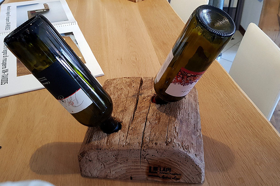 Portabottiglie in legno di recupero xn can009 mobili for Chiodo arredamenti