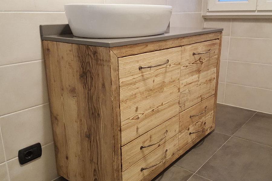 Mobile bagno in legno di recupero xn bag001 mobili su misura a firenze lapi arredamenti - Mobile legno bagno ...