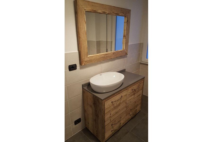 Mobile bagno in legno di recupero xn bag001 mobili su for Mobile bagno legno