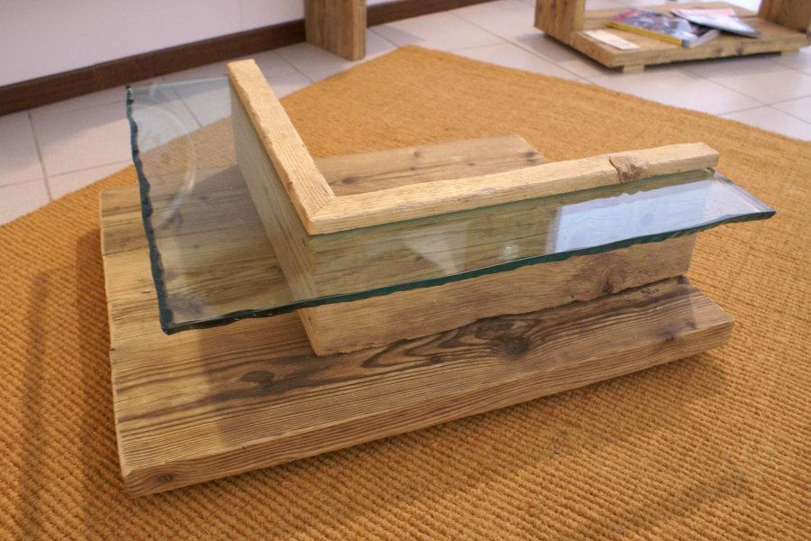 Tavolino In Legno Di Recupero E Vetro (XN-TAV005)