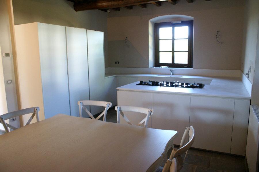Cucina Moderna Con Piano In Corian (TM-CUC001)