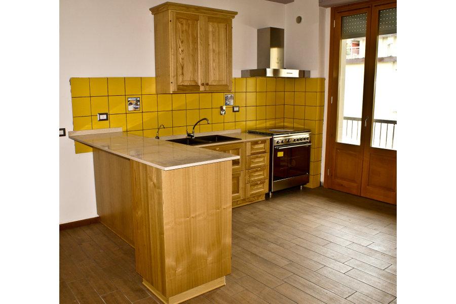 Cucina Classica In Castagno (PP-CC007)