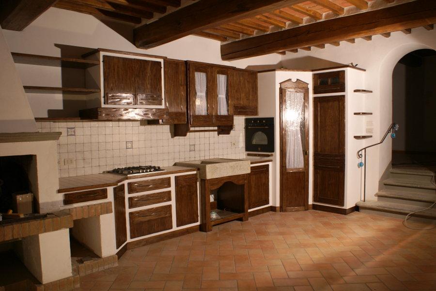 Cucina in finta muratura (PP-CFM020) - Mobili su misura a ...