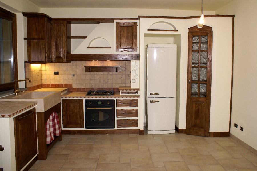 Cucina in finta muratura (PP-CFM028) - Mobili su misura a ...