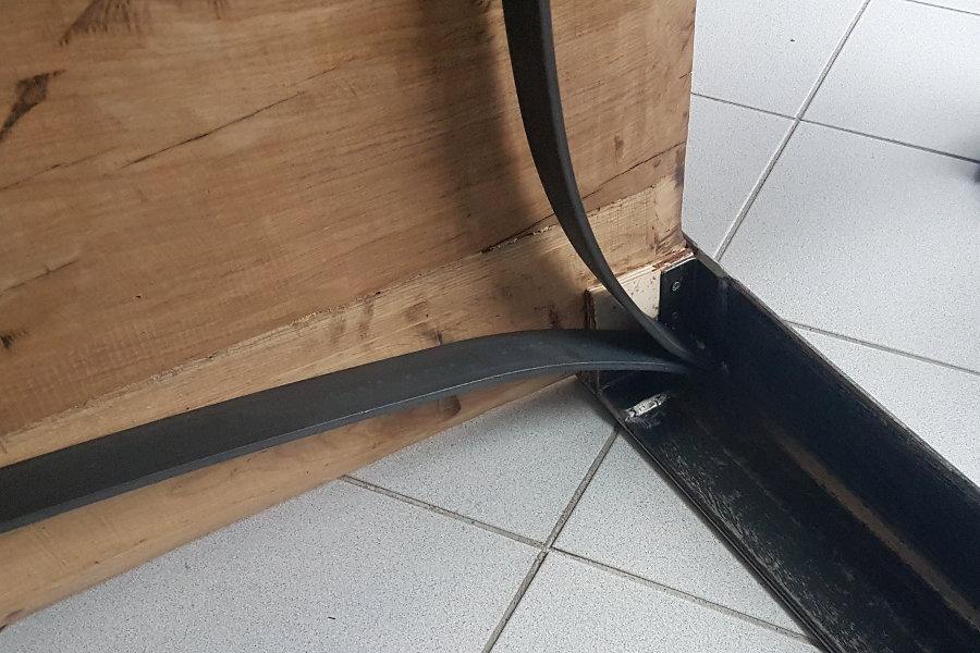 Tavolo In Legno Di Recupero Con Piano Rovere (XN-TAV009)