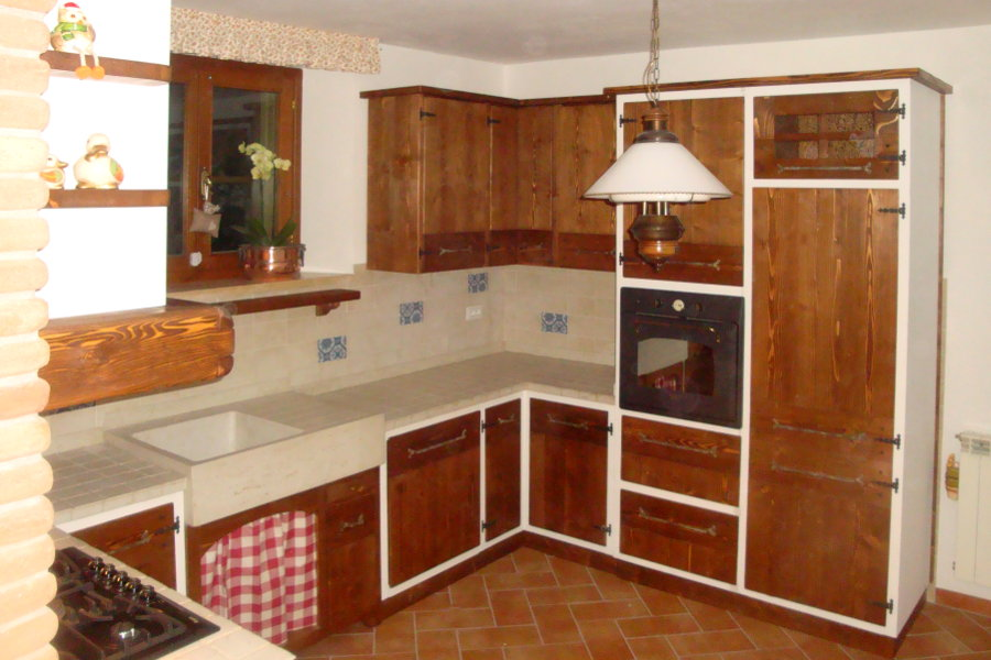 Cucina in finta muratura con due angoli (PP-CFM030) - Mobili su misura a Firenze - Lapi Arredamenti