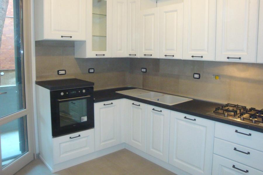 Cucina classica bianca (GC-CUC014) - Mobili su misura a ...