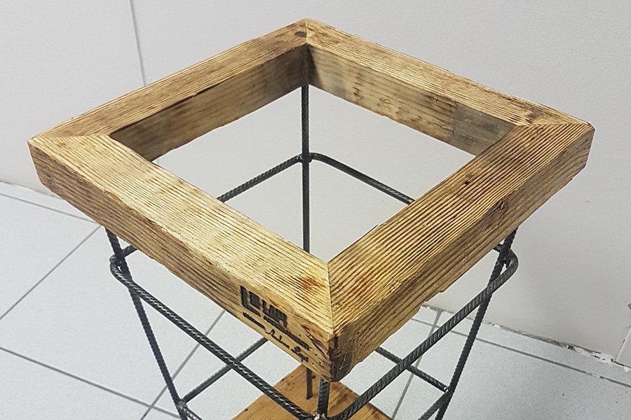 Portaombrelli in legno di recupero e tondino in ferro (XT-VAR003 ...