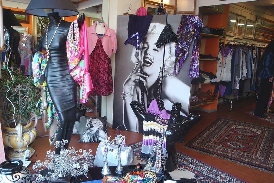 Arredare un negozio: Sandra Coppini Borgo San Lorenzo (Firenze)